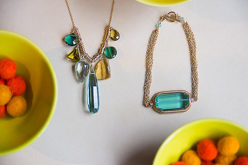 Beautiful necklace with semiprecious stone.